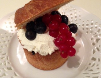 Blueberry Panettone