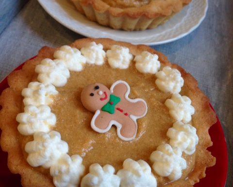Mini Holiday Pumpkin Pies