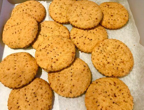 Cornmeal Elderberry Cookies